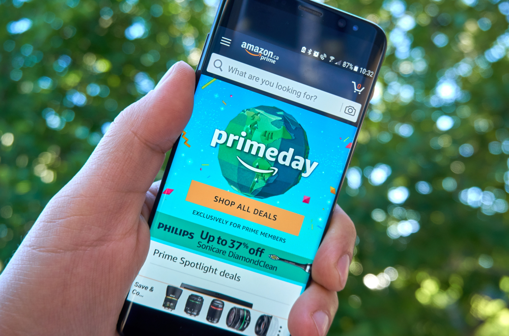 Amazon Prime Day page on Samsung s8 screen in a hand.